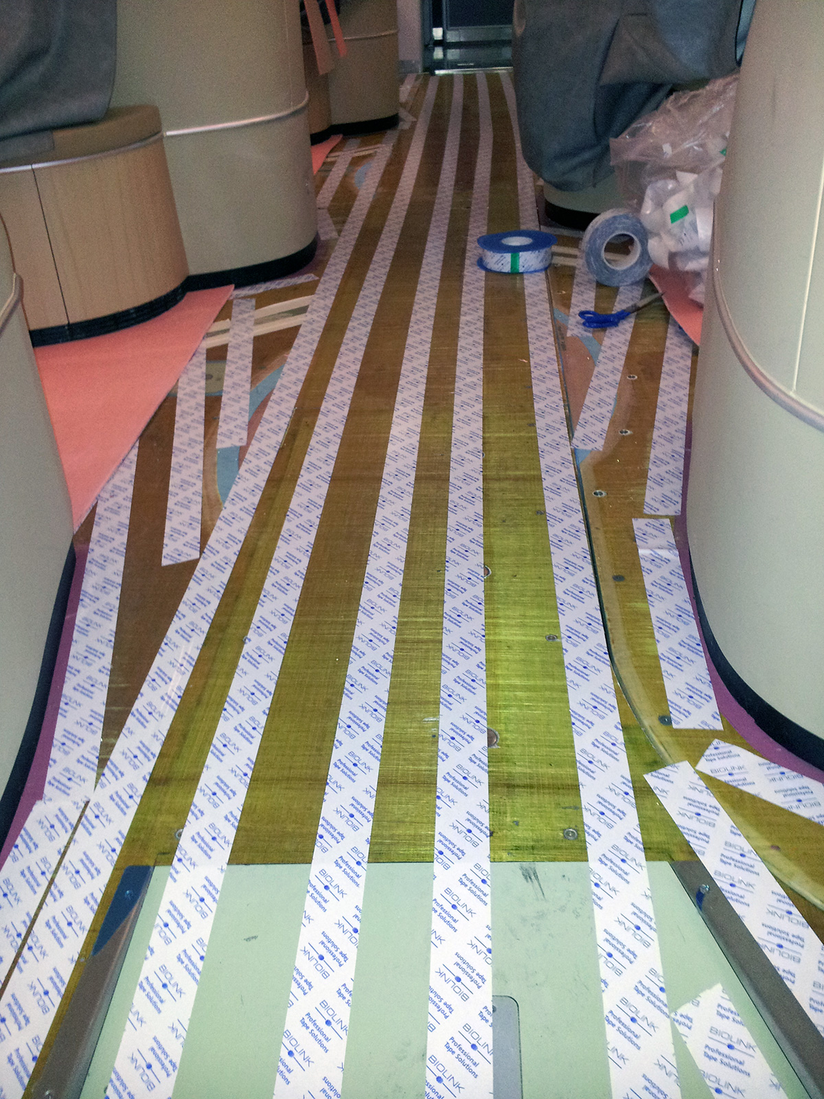 Pose moquette A380 zone first class phase d'installation